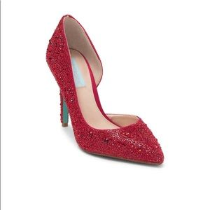 NWT ⭐️ Betsey Johnson Dazzling Red d'Orsay pumps